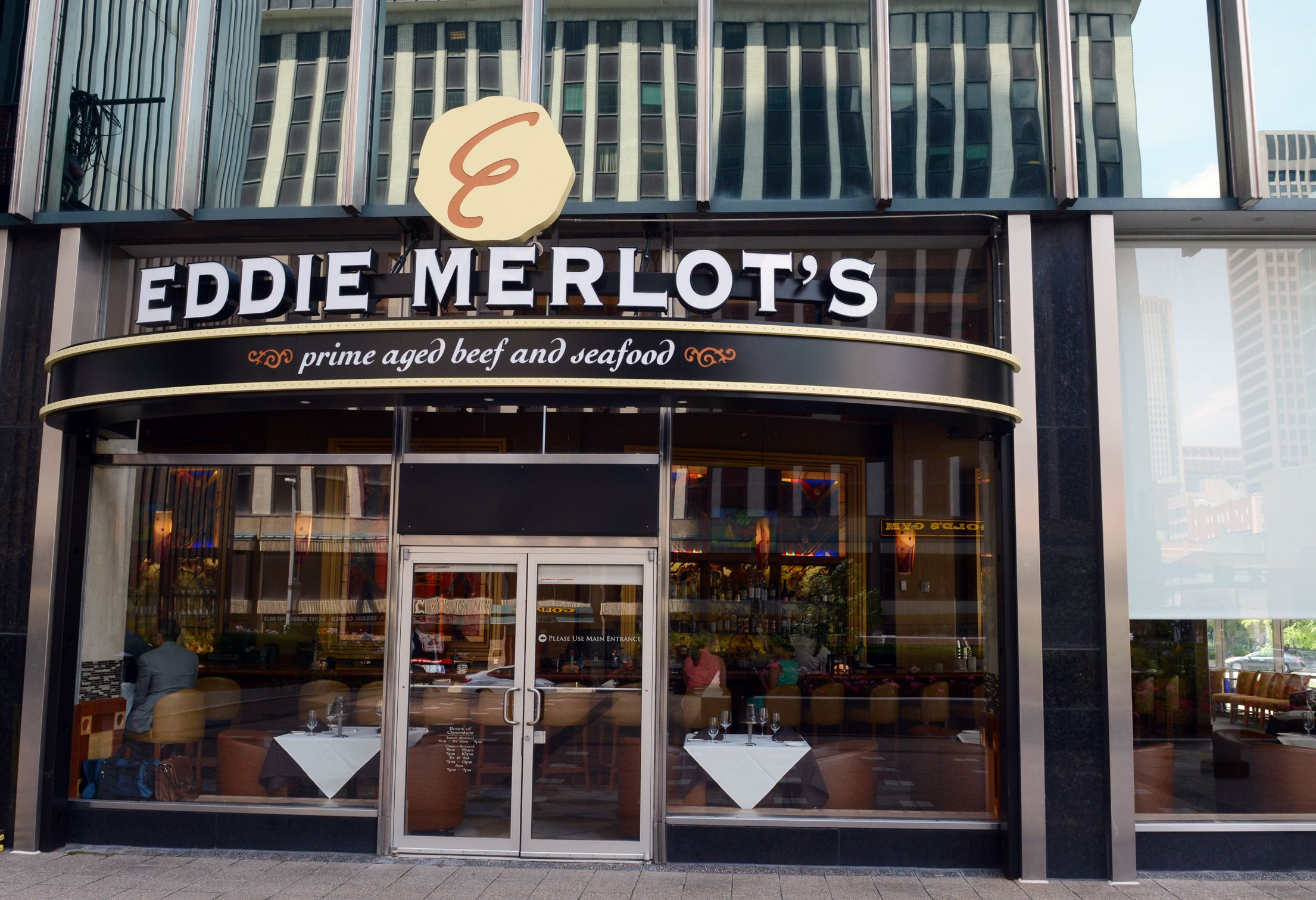 20140617bwEddieMag04-3 Eddie Merlot's.