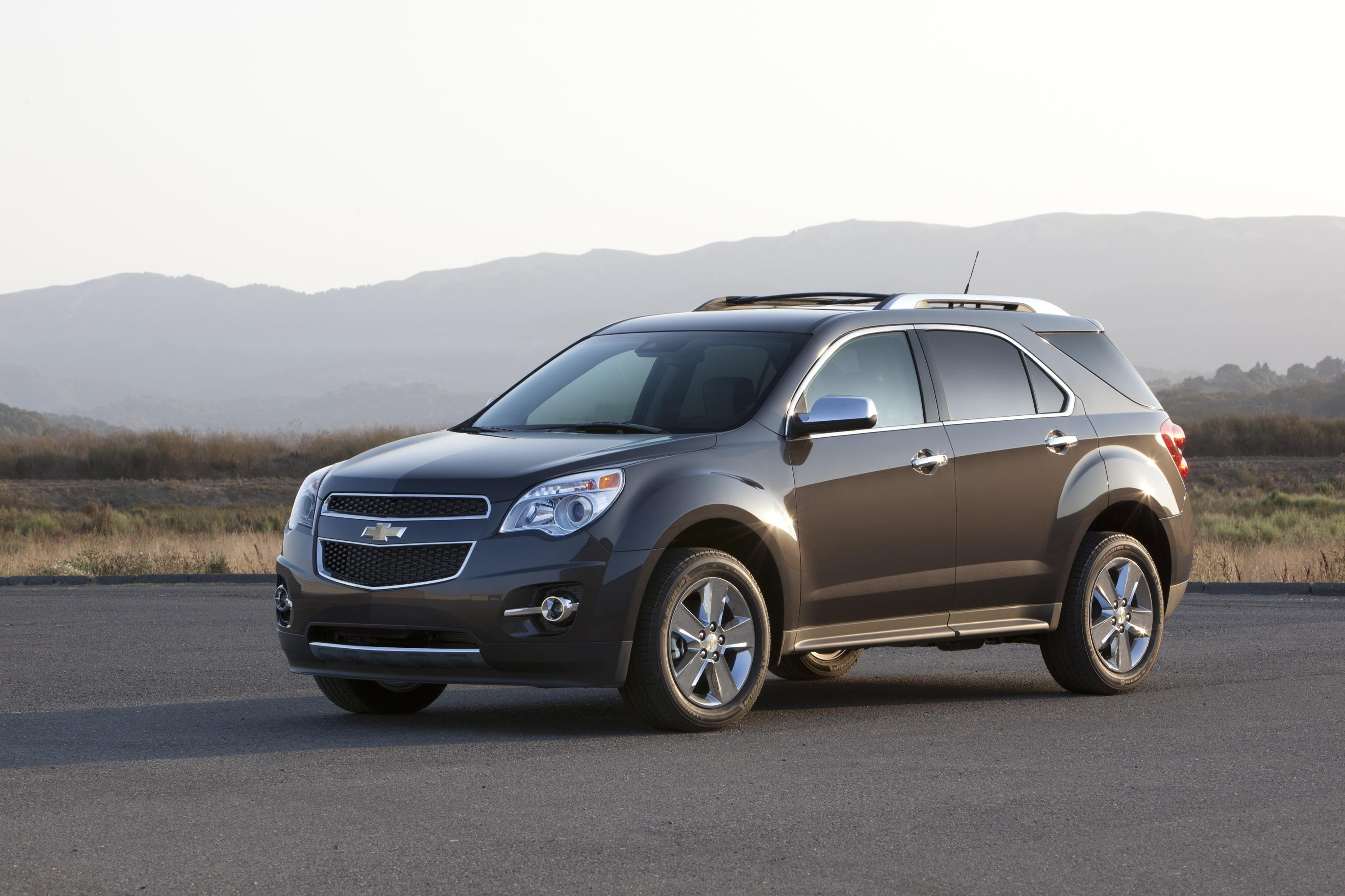 chevrolet equinox offers expanded connectivity with the. Black Bedroom Furniture Sets. Home Design Ideas