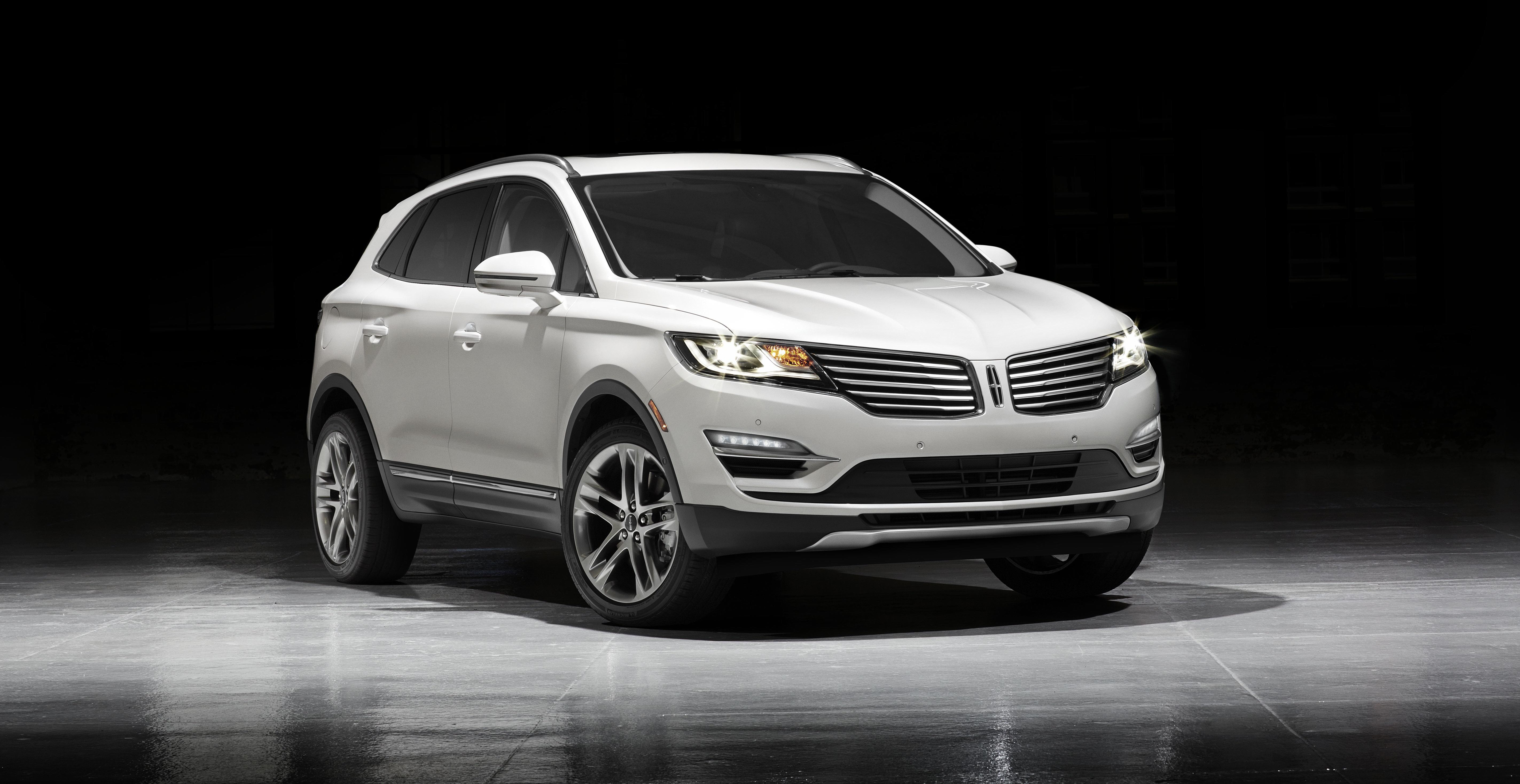 Lincoln s new small premium sport utility arrives in for Lincoln motor company news