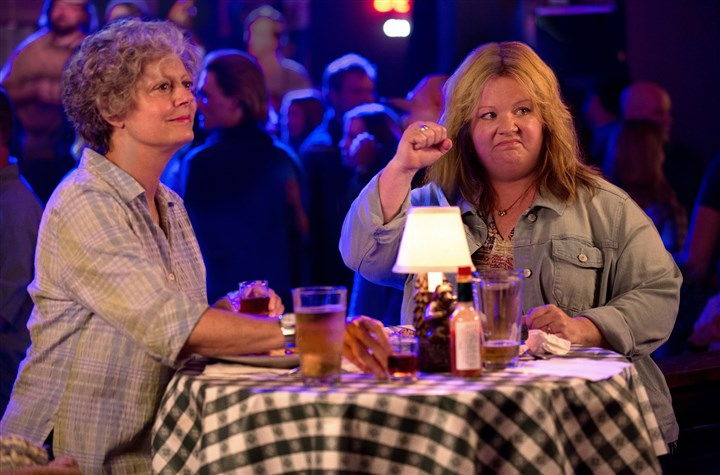 "Tammy3-1 Susan Sarandon as Pearl and Melissa McCarthy as Tammy in New Line Cinema's comedy ""TAMMY."""