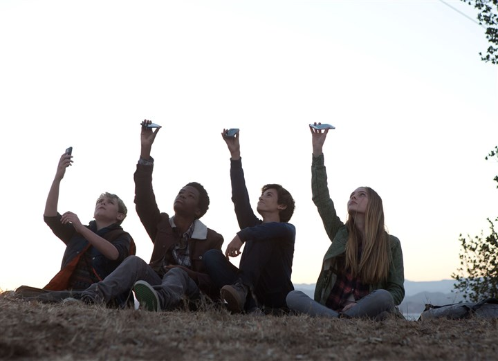 "EarthtoEcho3 Reese Hartwig, Astro, Teo Halm and Ella Wahlstedt star in ""Earth to Echo."""