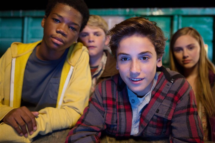 "EarthtoEcho2-1 From left, Astro, Reese Hartwig, Teo Halm and Ella Wahlstedt in ""Earth to Echo."""