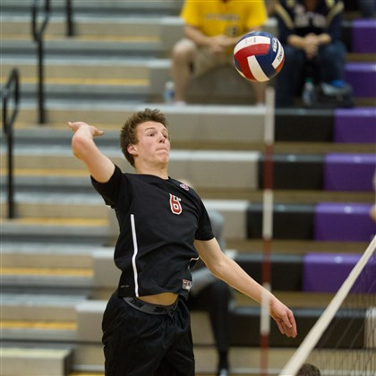 Fox_Zaleski.jpg Fox Chapel middle hitter Jaysen Zaleski was voted All-WPIAL Class AAA second team.