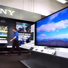 Best Buy Sony expert Reed Andrews Best Buy Sony expert Reed Andrews walks past the store's new 4k Ultra HD television display inside its Robinson location.
