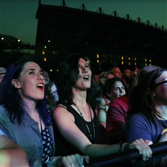 Fans sing along with Counting Crows  Fans sing along with Counting Crows at Stage AE on the North Shore.