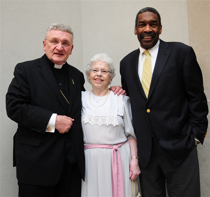 PursuerPeace Bishop David Zubik, Joanne Rogers and Bill Strickland.