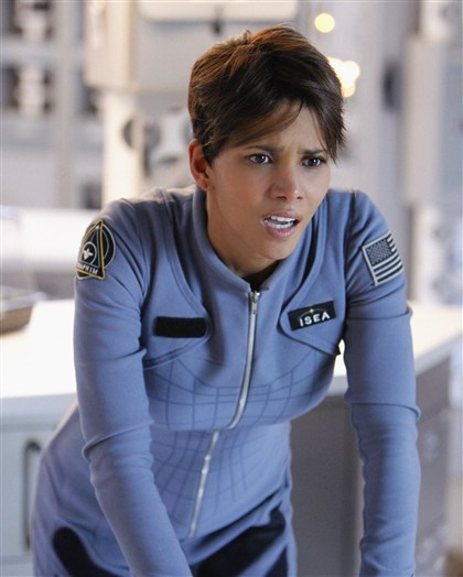 "extant Halle Berry stars as Molly Woods, a female astronaut trying to reconnect with her family after returning from a year in outer space in ""Extant."""