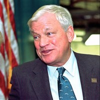 Richard Mellon Scaife's will also divided control of trust funds that held more than $700 million between the Sarah Scaife Foundation and the Allegheny Foundation.