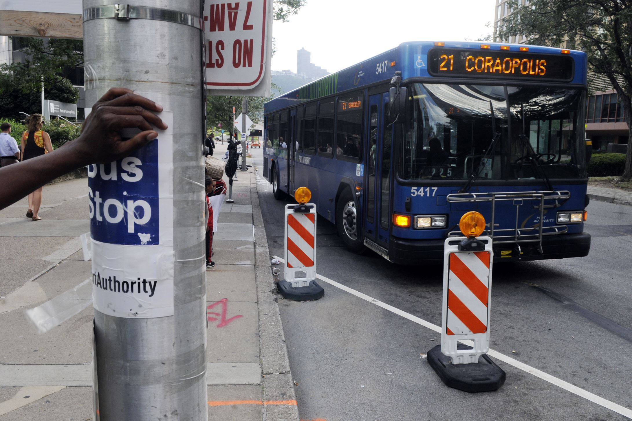 Port authority adding trips to nine bus routes starting nov 23 pittsburgh post gazette - Port authority bus schedule ...