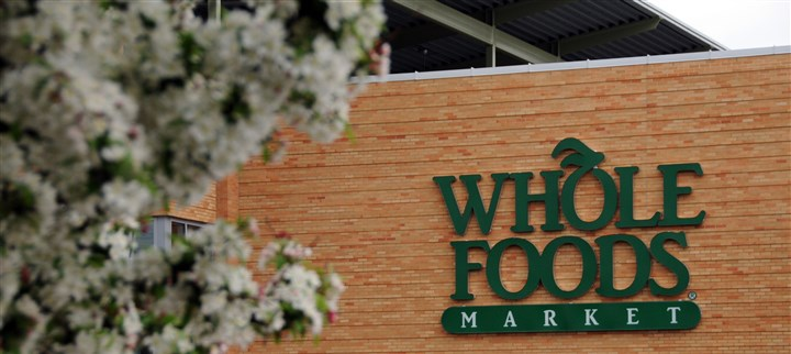 80300kgw-4 Whole Foods Market stores are down 10 percent in customer satisfaction since last year according to the American Customer Satisfaction Index.