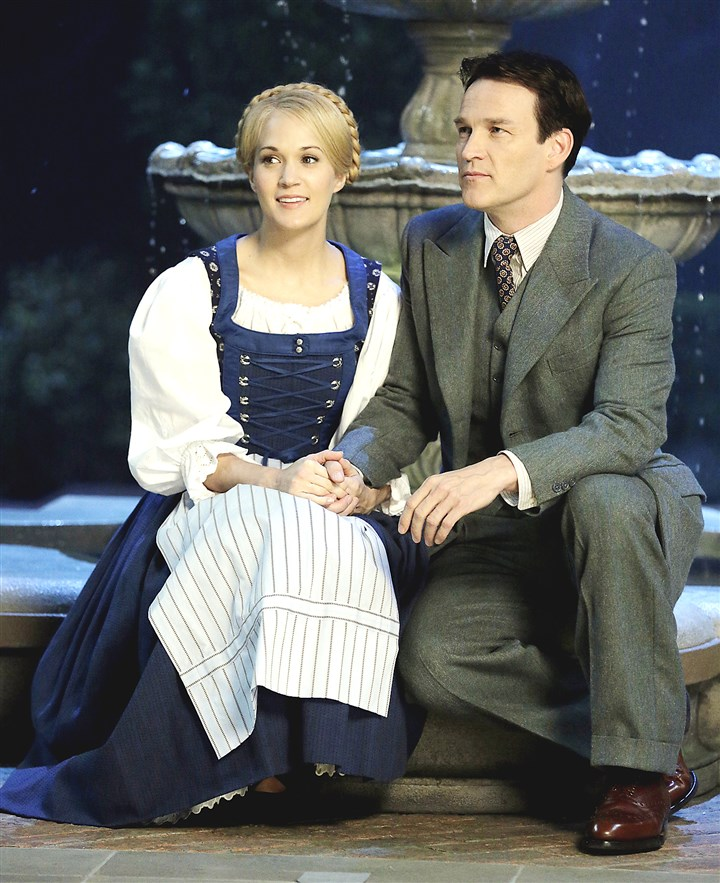 "Carrie Underwood and Stephen Moyer Carrie Underwood as Maria, Stephen Moyer as Captain Von Trapp in ""Sound of Music Live!"""