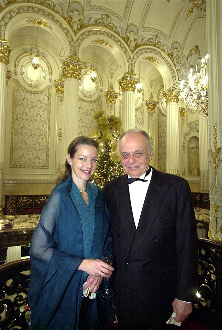 20001204radMaazel70thLocal01  Lorin Maazel and his wife, Dietlinde, at his 70th birthday celebration at Heinz Hall in 2000.