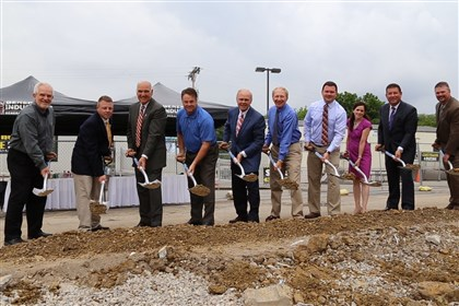 Groundbreaking at Washington Ford with General Industries