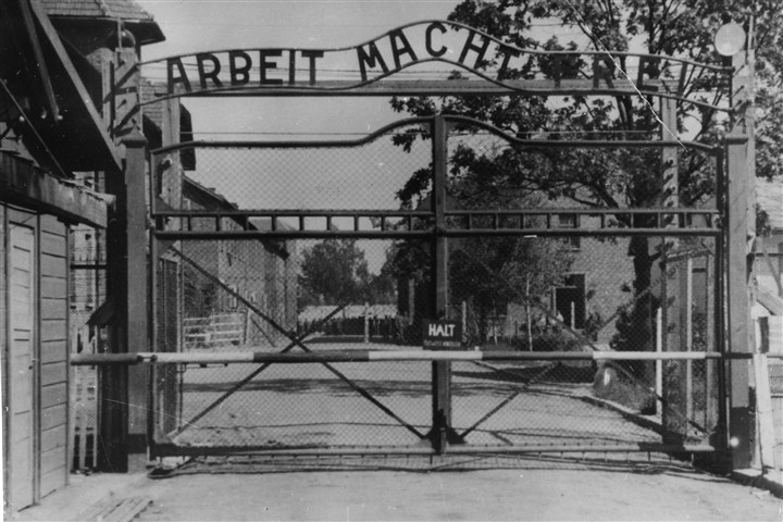 "Nazi Investigation 0723 This undated file image shows the main gate of the Nazi concentration camp Auschwitz I, Poland. German prosecutors had hoped to try Johann ""Hans"" Breyer on charges of aiding in the murder of more than 200,000 Jews at the Auschwitz death camp. Breyer died late Tuesday."