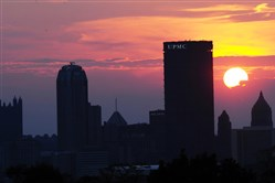 Sunset against at the Pittsburgh skyline as viewed from the overlook in Schenley Park.