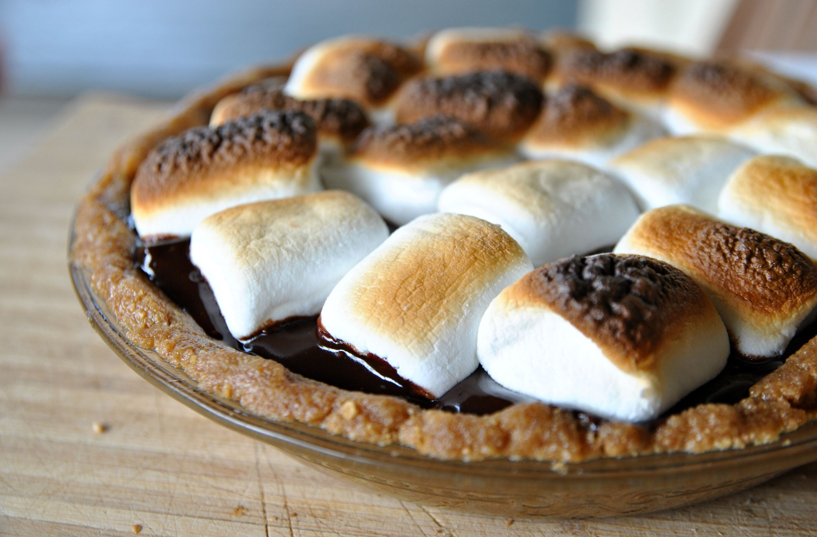 20140801gmsmorespieFood No-Bake S'mores Pie