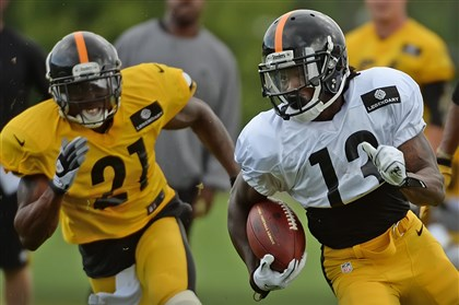 Steelers Dri Archer Steelers rookie Dri Archer turns the corner during workouts Monday at Saint Vincent College in Latrobe.