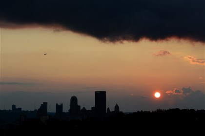 Pittsburgh sunset from Schenley Oval Downtown Pittsburgh, as seen from the Schenley Oval.