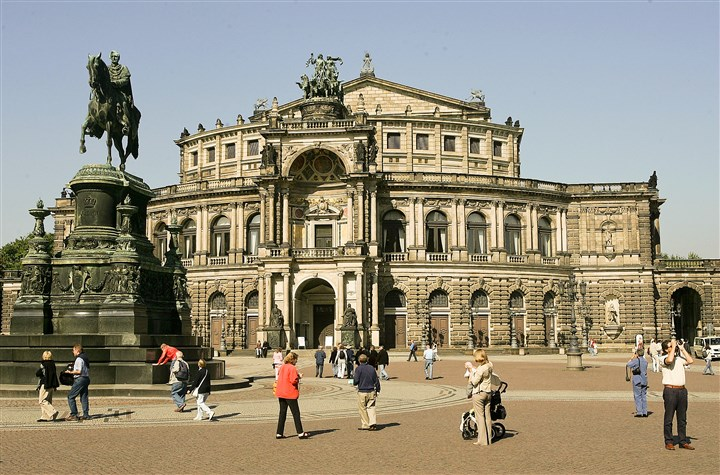 SemperOpera The elegant Semperoper building home of the Saxon Staatsoper and Staatskapelle (orchestra) in Dresen's Old Town.