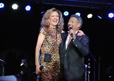 Marilyn McCoo and Billy Davis Jr., original members of The 5th Dimension, perform Friday during the fifth aniversary party of Three Rivers Casino.