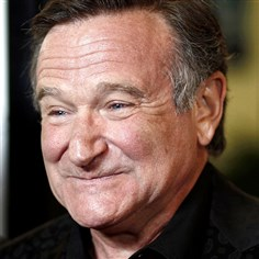 "williamsOBIT29-1 Robin Williams arrives at the premiere of ""World's Greatest Dad"" in Los Angeles on Thursday, Aug. 13, 2009."