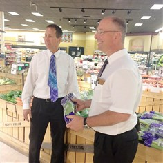 20140812hdDuritzaBiz Bob Duritza, left, and Jeff Duritza, seen here in their Canonsburg Shop 'n Save, work in their family's business, which has seven Shop 'n Save stores, 3 Foodland stores, plus the original store now called Duritza's Market.