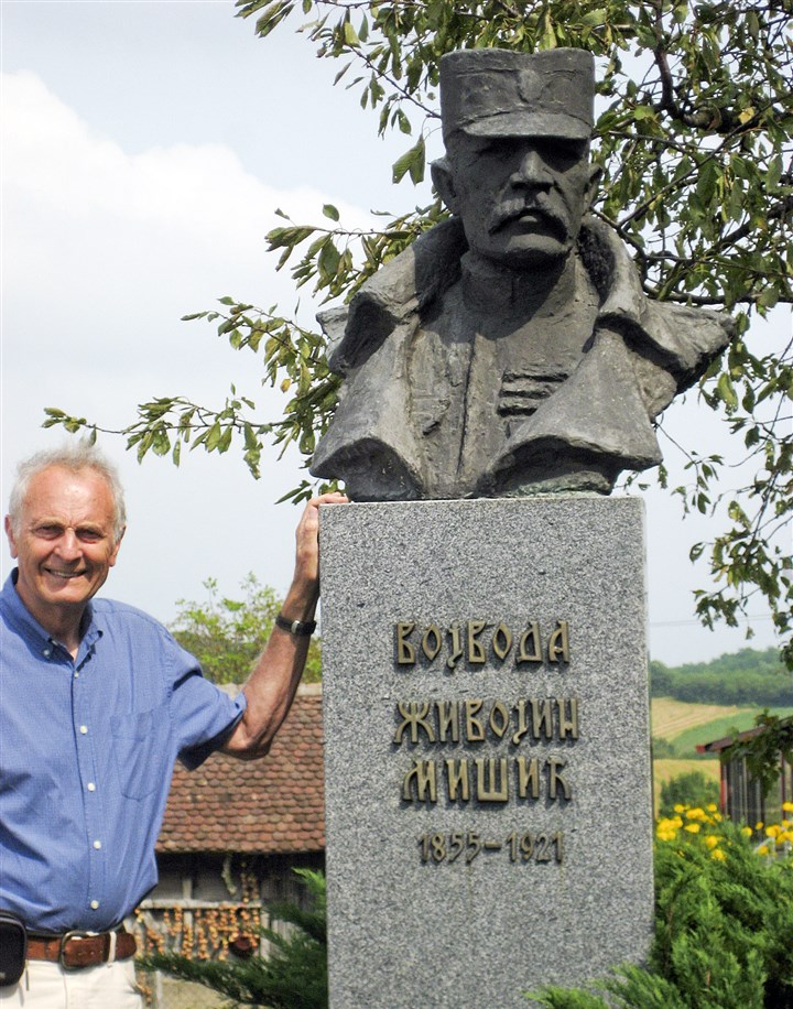 20140812hdSerbiaMag (3)-2 The author's husband, Slobodan Mitric, with a statue of one of Serbia's most famous generals at the 1914 Battle of Cer in Serbia.