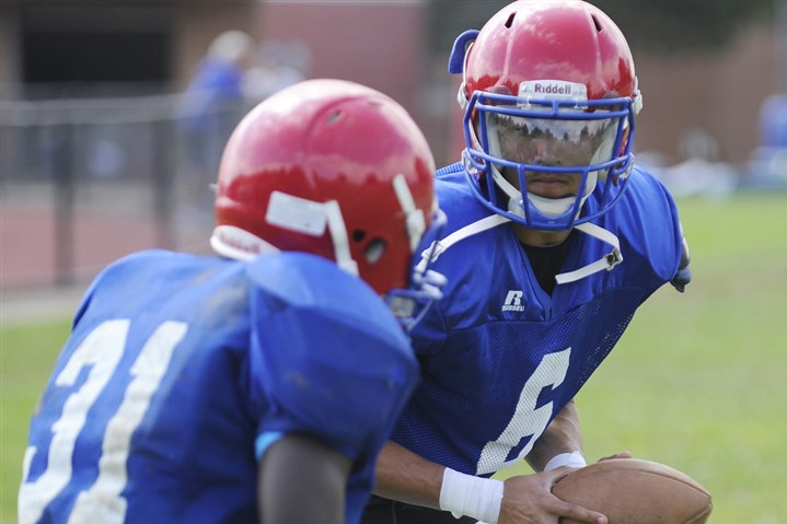 Julian Batts Jeannette's Julian Batts, a returning starter at quarterback, will lead the Jayhawks during their first season in the Class A Eastern Conference.