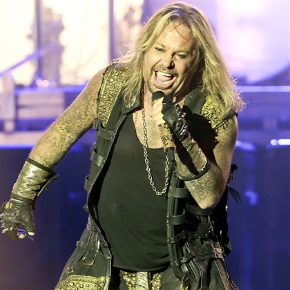 "20140813mfmotleymag02-5 Motley Crue lead singer Vince Neil opens with ""Saints of Los Angeles"" at First Niagara Pavilion."