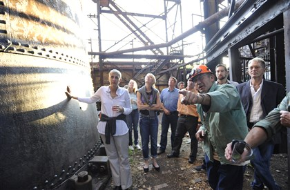 20140816DADseenCarrie8-12 From left, steelworker James Kapusta, pointing, gives a furnace tour at the Save the Carrie Deer event.