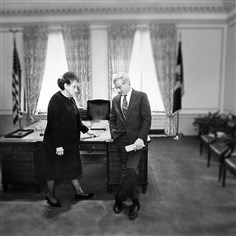 Sophie16-7 In 1993, former mayor Sophie Masloff confers with then-mayor-elect Tom Murphy on her last day in office at the City-County Building.