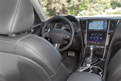 2014infinitiINT-1 The 2014 Infiniti Q50 sports a handsome interior, but some of the functionality of the touchscreen can be less than desired.