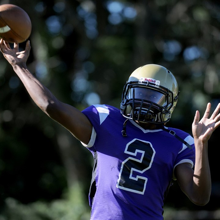 9iq00kns.jpg University Prep quarterback Ron Brown threw for 3,401 yards and 43 touchdowns last season.