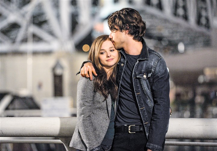 "20140822hoStay Chloe Grace Morezt and Jamie Blackley in ""If I Stay."""