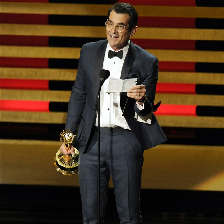 "2014 Primetime Emmy Awards - Show Ty Burrell accepts the award for Outstanding Supporting Actor in a comedy series for his role in ""Modern Family."""