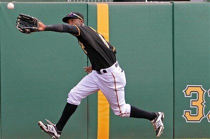 Pirates' Russell Martin, Starling Marte finalists for Gold Glov…