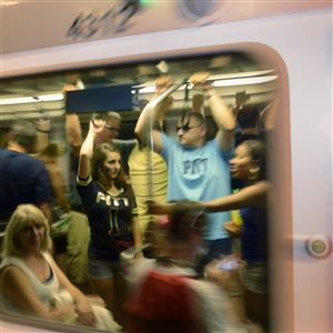 Sports fans using the light rail to get between Downtown and the North Shore will be able to use the service for free through 2021, a Port Authority committee recommended.