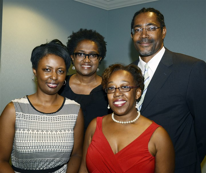 20140829bwCourageSeen05-4 From left, Tory Parrish, Carmen Lee, Sonya Toler (in red) and Ervin Dyer.