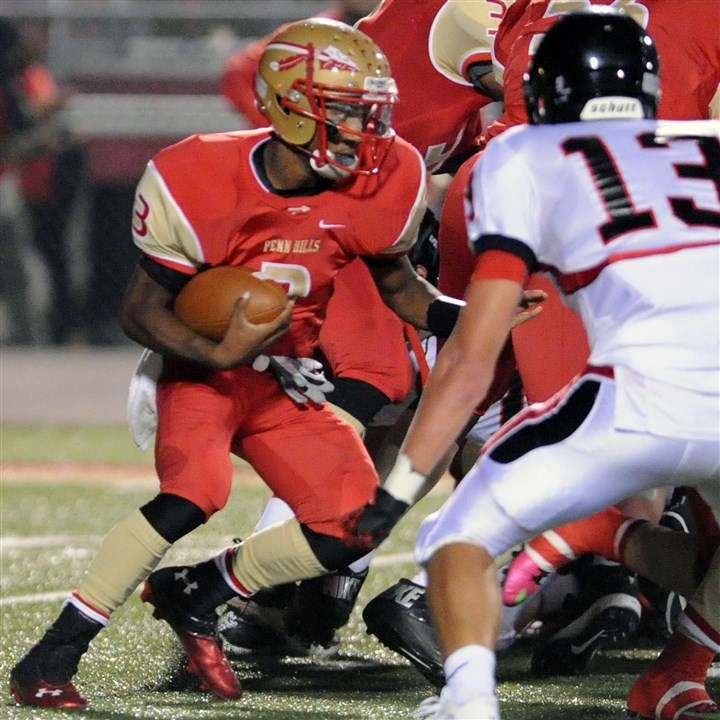 9jw00k4d.jpg Penn Hills quarterback Bill Kisner, already a serious running threat, wants to expand his repertoire to include a strong passing game.