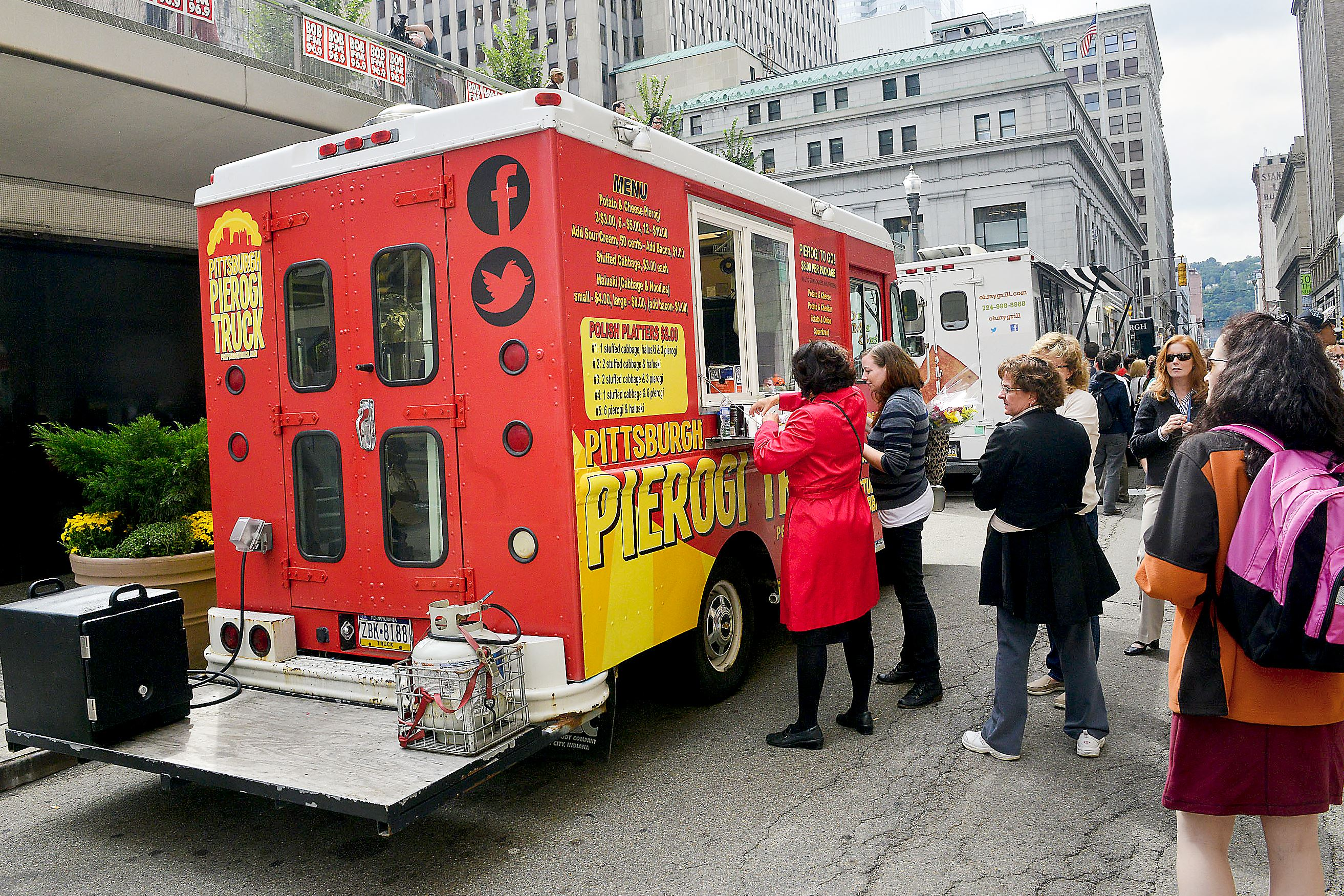 Food Trucks Are On A Roll In Pittsburgh Pittsburgh Post