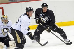 Sidney Crosby practices during Penguins training camp at Consol Energy Center.