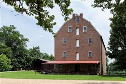 The Bollinger Mill State Historic Site is where you will find the four-story mill building that dates back to 1867. Today, you'll find a museum inside it with various implements, from a grain elevator to a roller mill. Visitors can watch corn ground into corn meal or take a guided tour of the entire mill.