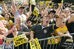The crowd on Tuesday at Market Square in Pittsburgh ahead of the Pirates' 2014 NL wild-card game against the Giants.