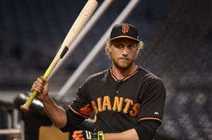 Outfielder Hunter Pence works out with the Giants on Tuesday evening at PNC Park.