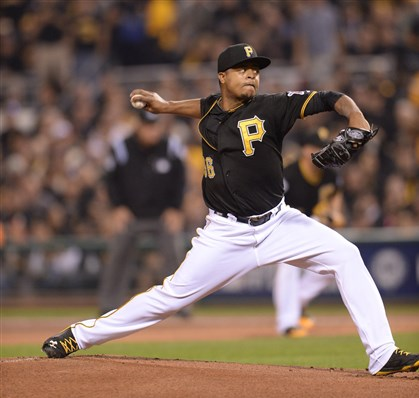 Ex-Pirates pitcher signs with Kansas City