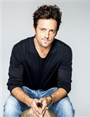 Singer Jason Mraz will play a sold-out show at the Benedum Saturday night.