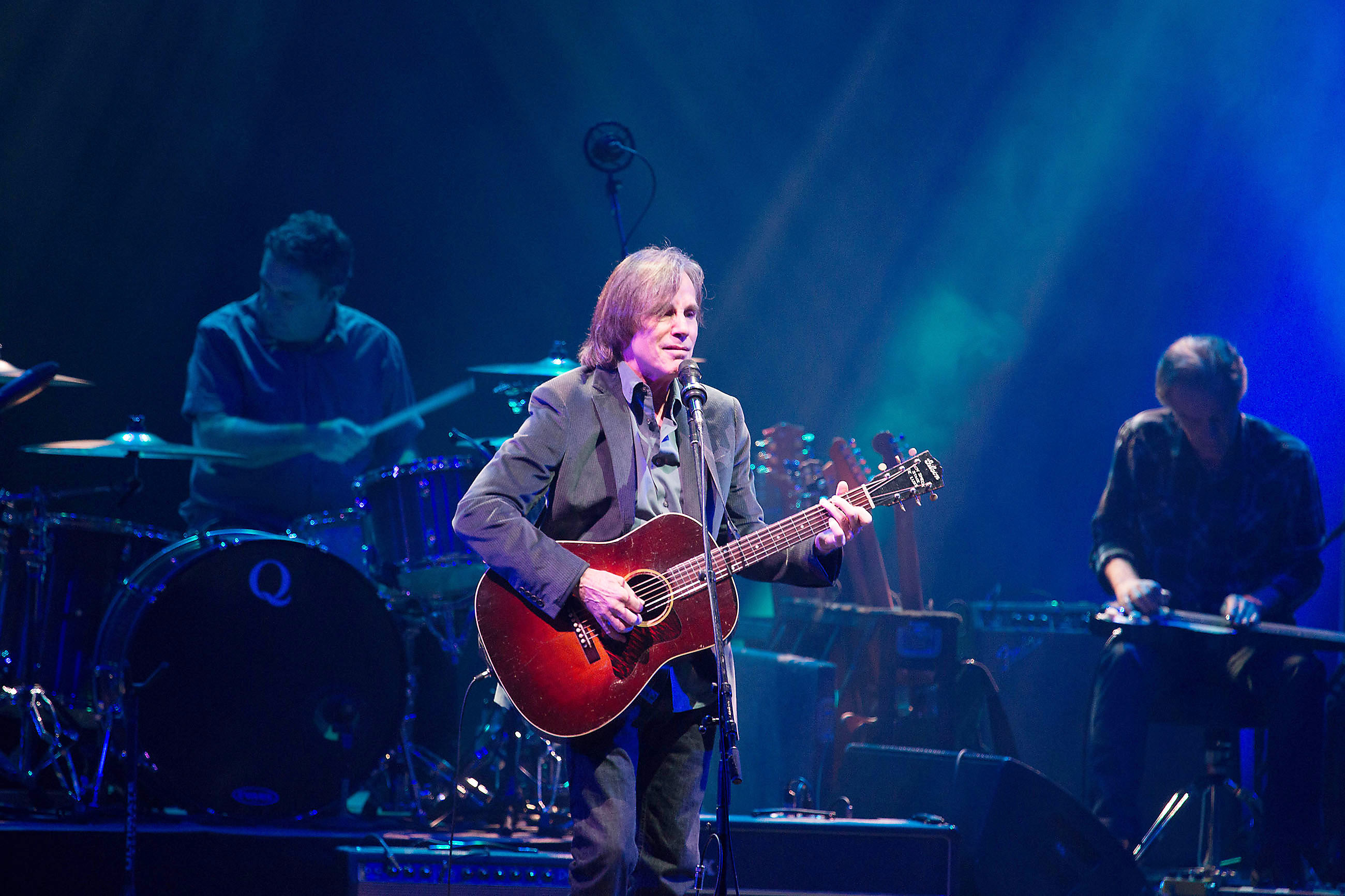 concert review jackson browne tour puts the focus on new songs pittsburgh post gazette. Black Bedroom Furniture Sets. Home Design Ideas