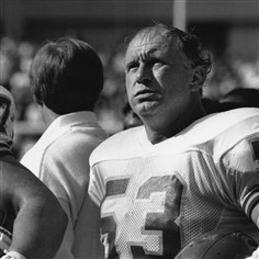 Mike Webster file photo 4 Oct. 29, 1989: Webster finished his illustrious career as a Kansas City Chief.