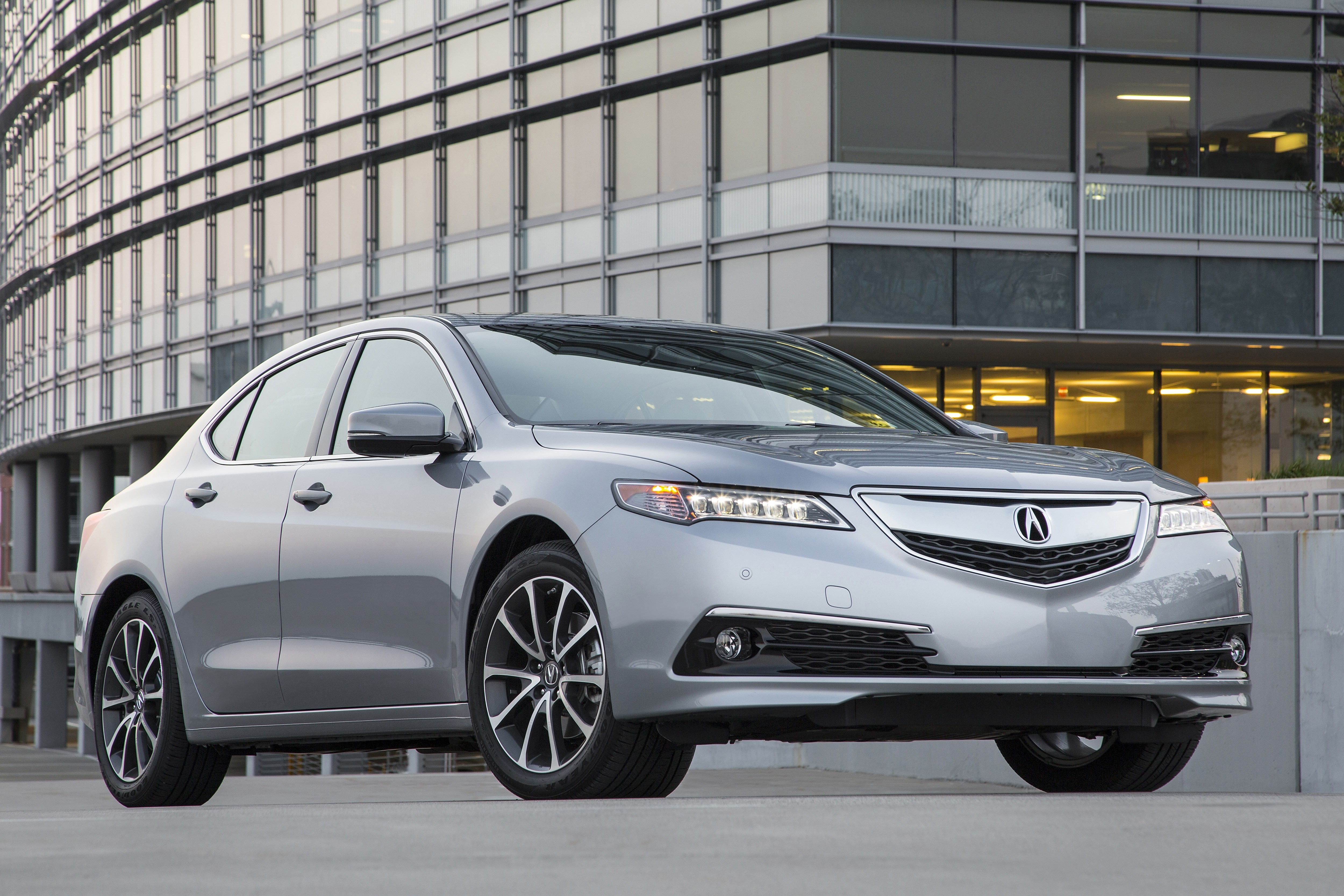 acura tlx exceeding expectations of drivers and dealers pittsburgh post gazette. Black Bedroom Furniture Sets. Home Design Ideas