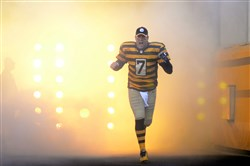 Steelers QB Ben Roethlisberger takes the field shortly before a an Oct. 26, 2014 game against Indianapolis in which he would throw six touchdowns.
